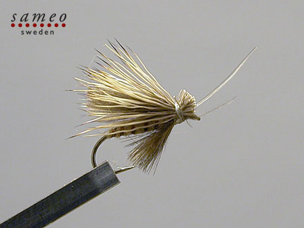 CDC Elk hair caddis